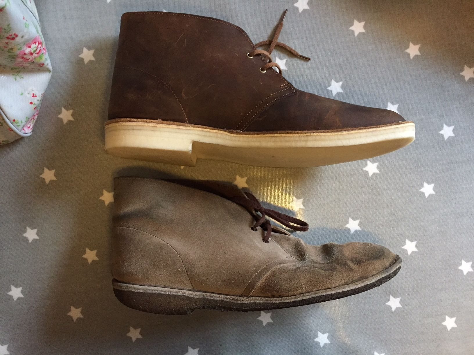 Clarks Desert Boots In Suede After 5 Years Of Almost Daily Wear With New Beeswax Ones For Comparison Styled247 Schoeisel