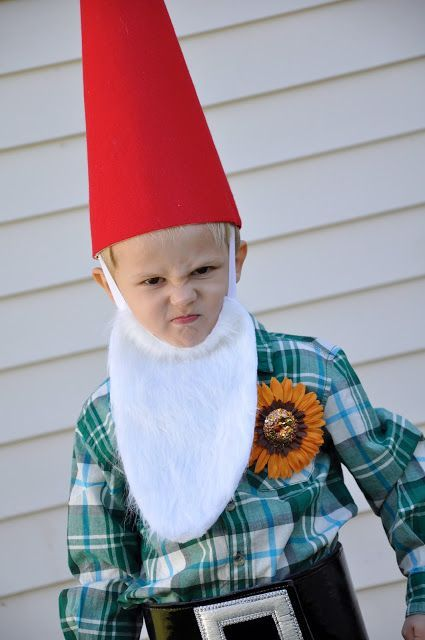 my little Gnomie. {how to DIY a gnome costume} #gnomecostume Little Bit Funky: my little Gnomie. {how to DIY a gnome costume}