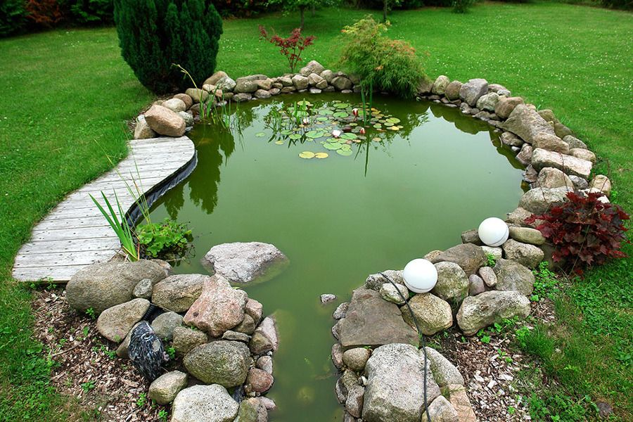 Estanque decorativo jardines pinterest pond small for Estanque decorativo