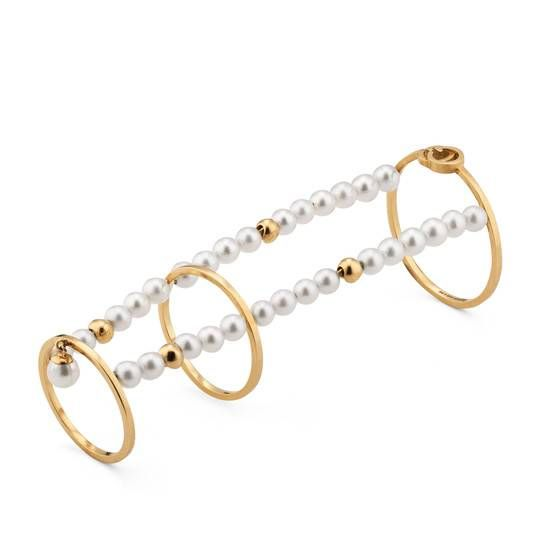 d62d366cb GG Running chain ring with pearls Gucci Jewelry, Jewelry Shop, Jewelry Rings,  Fine
