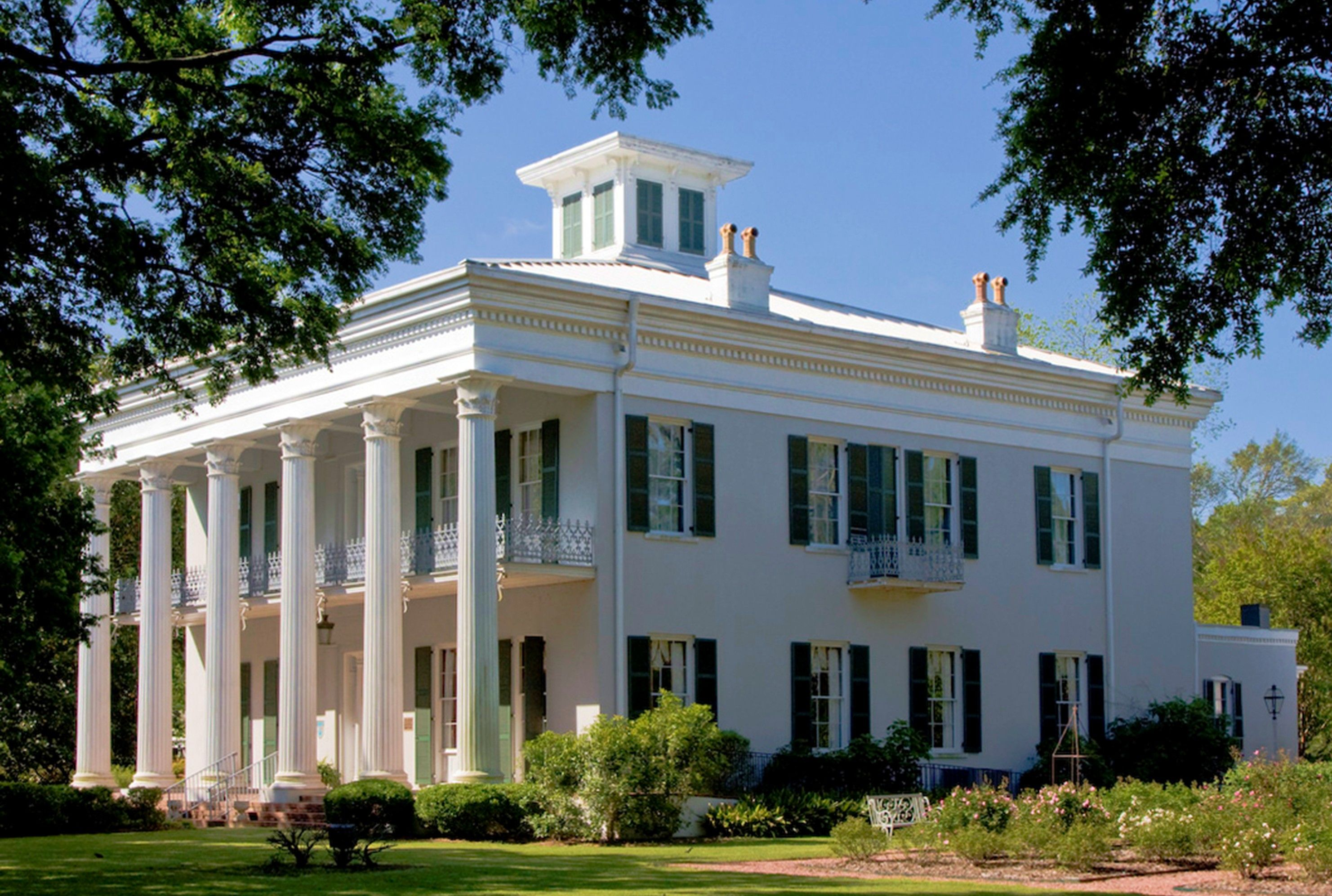 Watts-parkman-gillman Mansion . Sturdivant Hall Ca