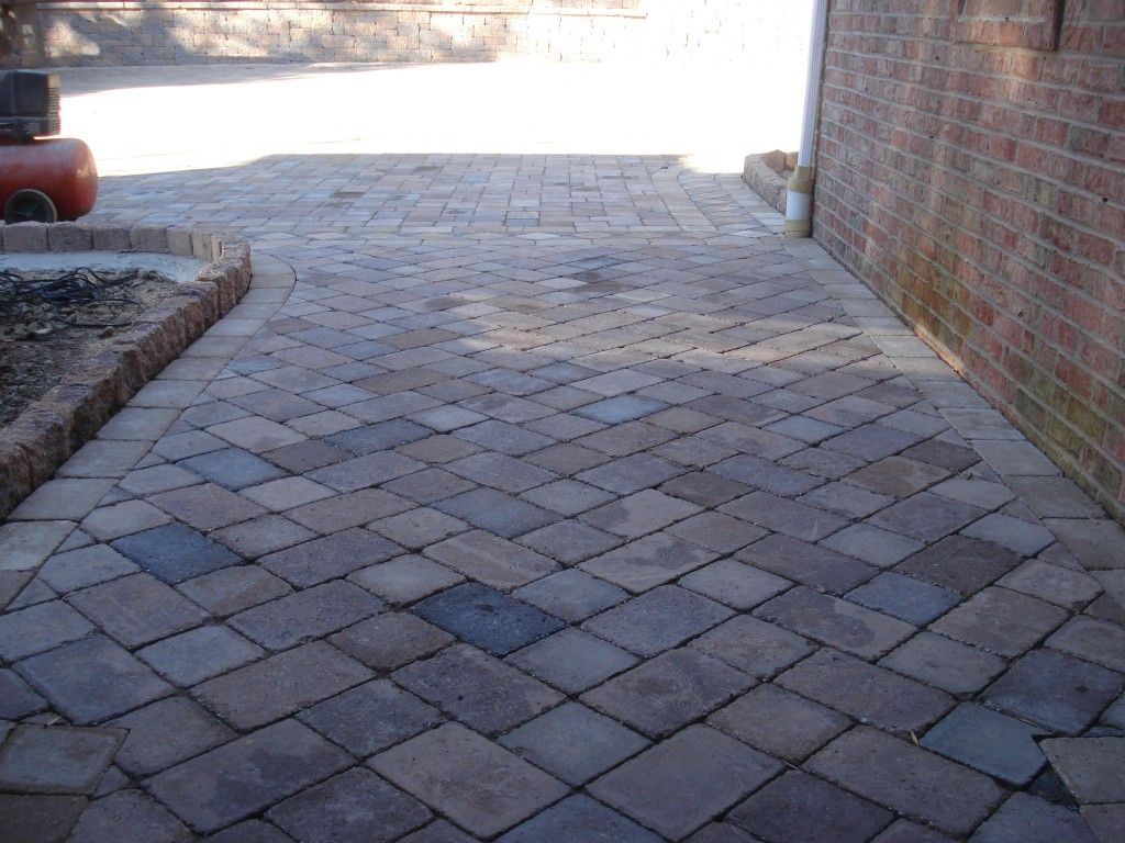 close up view of modified herringbone paver pattern