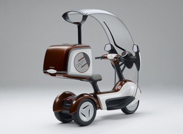 Honda has added electric propulsion to its Japanese domestic market three-wheeled scooter the Canopy - an electric version of the protected three wheeler ... & Hondau0027s E-CANOPY | carbike | Pinterest | Honda s Scooters and Vehicle