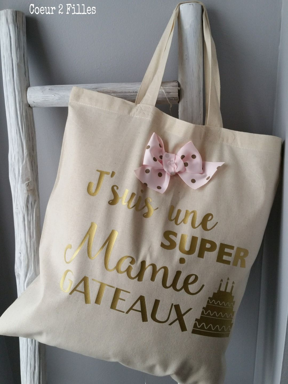 Main Des La MamiesSacs Coeur Bientôt Par Filles 2 Fête À 543jLAR