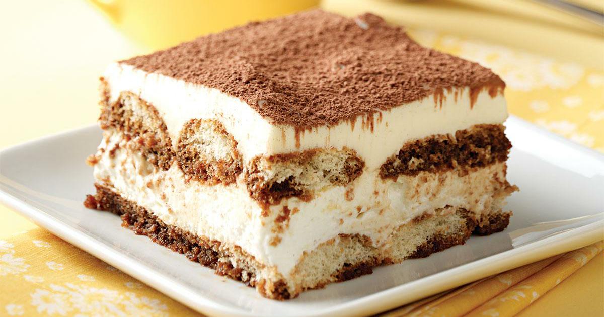Famous Italian Desserts: Tiramisù (Friuli-Venezia Giulia) in 2020 |  Desserts, Food, Italian desserts
