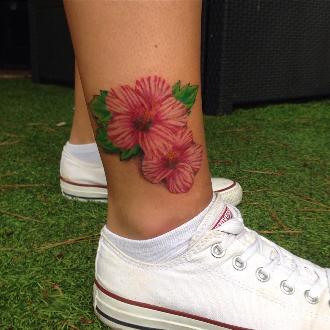50 gorgeous hibiscus flower tattoo meaning and designs organic and 50 gorgeous hibiscus flower tattoo meaning and designs organic and natural check more at izmirmasajfo