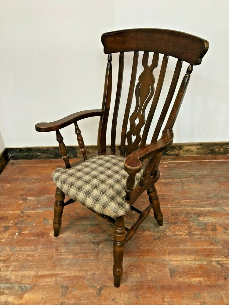 FARMHOUSE CHAIRS / ARMS / SPINDLE LEGS / DARK WOOD / WHITE