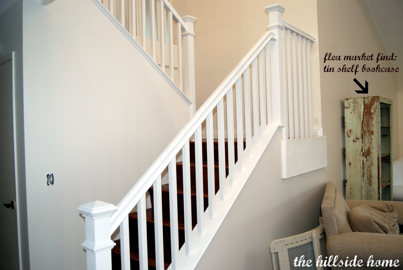 Best How To Trim The Spindles White Staircase Remodelaholic 400 x 300