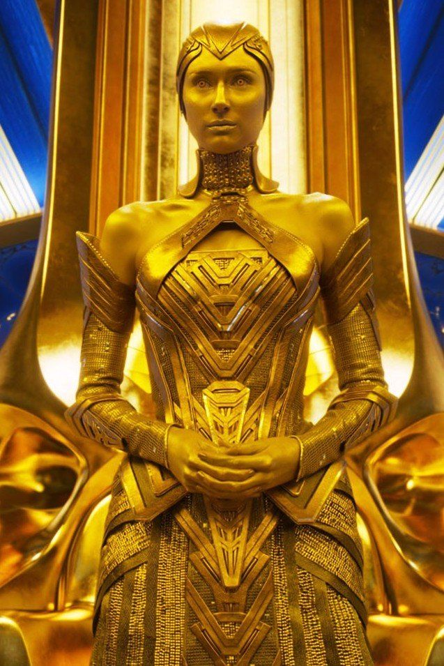 All Hail Elizabeth Debicki S High Priestess Ayesha In Guardians Of The Galaxy 2 Vestidos De Fantasia Guardianes De La Galaxia Carteles De Carnaval