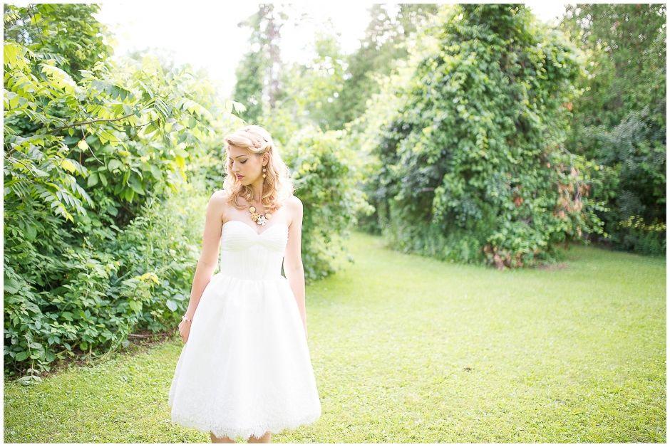 wedding, jewellery, statmenet necklace, flowers, bridal, pearls, hattitude jewellery, www.hattitudejewels.com Belfountain Stylized Elopement   Melville Church 50's style wedding dress