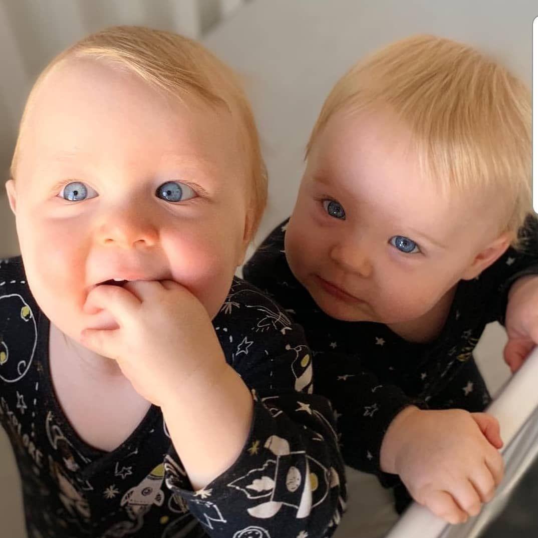 صور اطفال توائم صور اطفال شبه بعض صور بيبي توأم صور اطفال جميلة جدا صور اطفال اخوات صغار صور بيبي توئم Twin Babies Pictures Baby Pictures Twin Babies