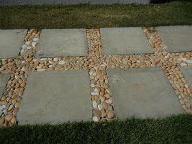 Calçada de pedras Miracema Blocos de concreto com seixos ...