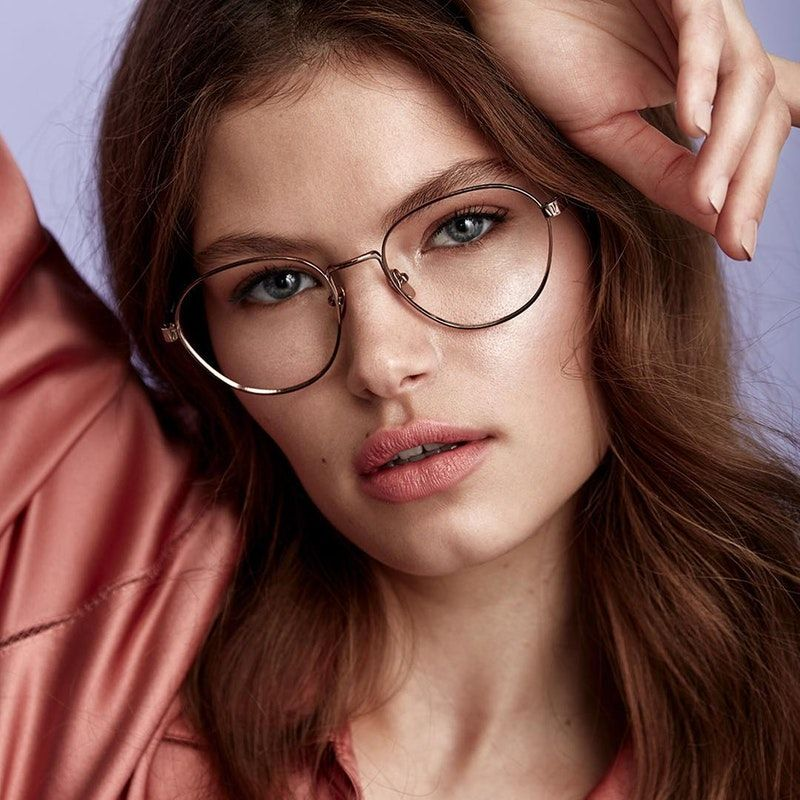 54cefd40e13 Brace Silver - A timeless metal vintage-inspired frame with a teardrop  shape