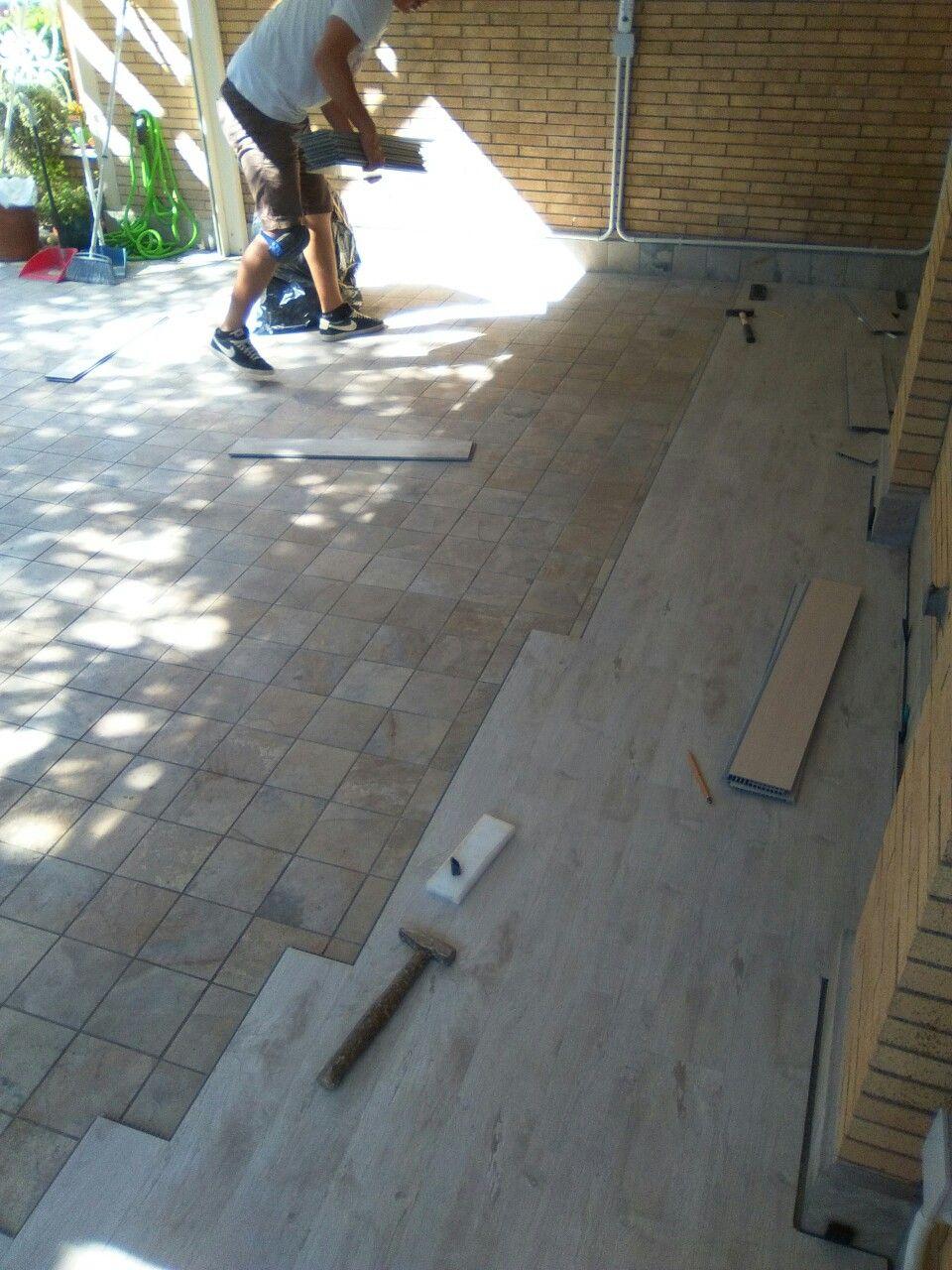 Installazione di un parquet da esterno su un terrazzo