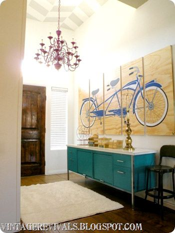 like the wall art, although I go with something vintage other than the bike.