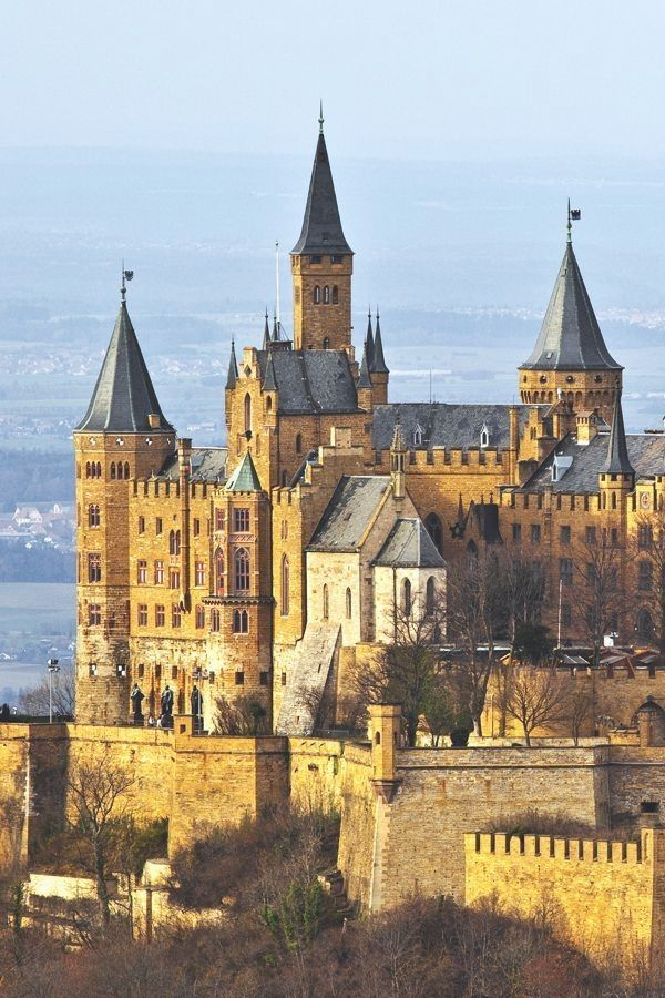 Burg Hohenzollern Germany Castles Informacoes Em Nosso Site Http Storelatina Com Germany Travelling Viaje Germany Castles Castle House Beautiful Castles