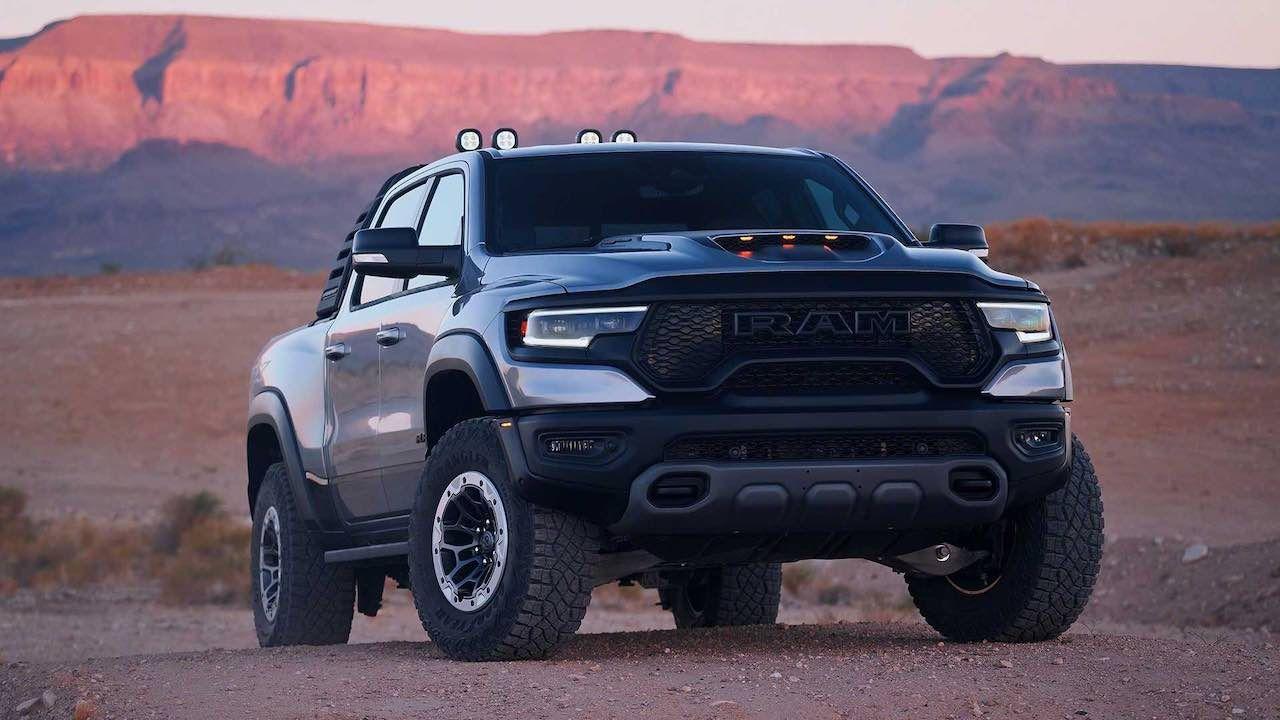 Ram 1500 Trx Met Hellcat Motor Is Een Hit In 2020 Trx Ram 1500 Ram