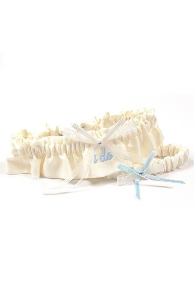 Say 'I Do' - Lovely Wedding Garters to Keep or to Toss - Photos