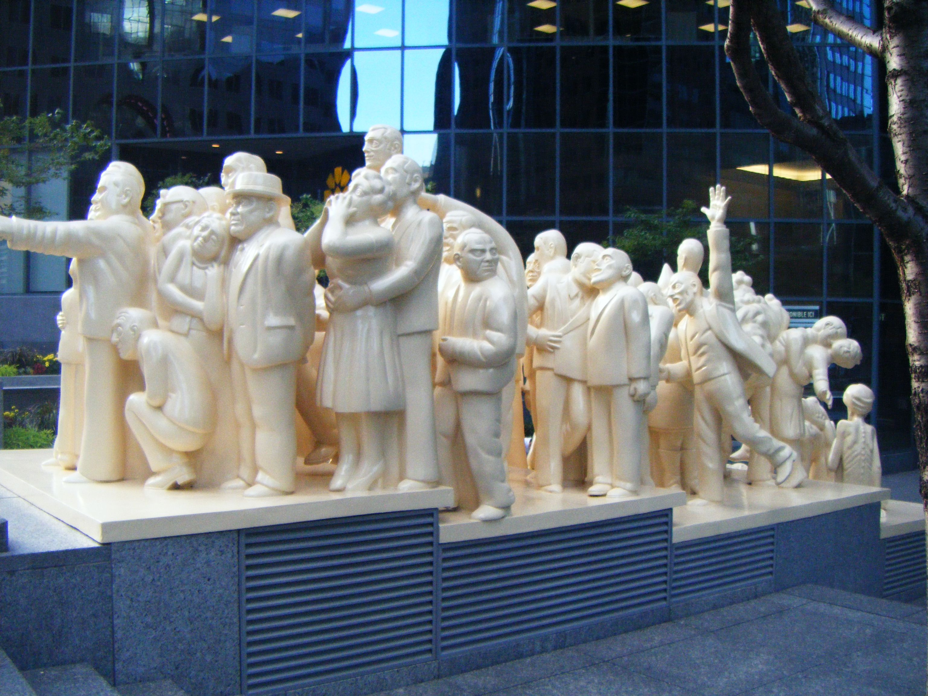La Foule Illuminee statue in Montreal.