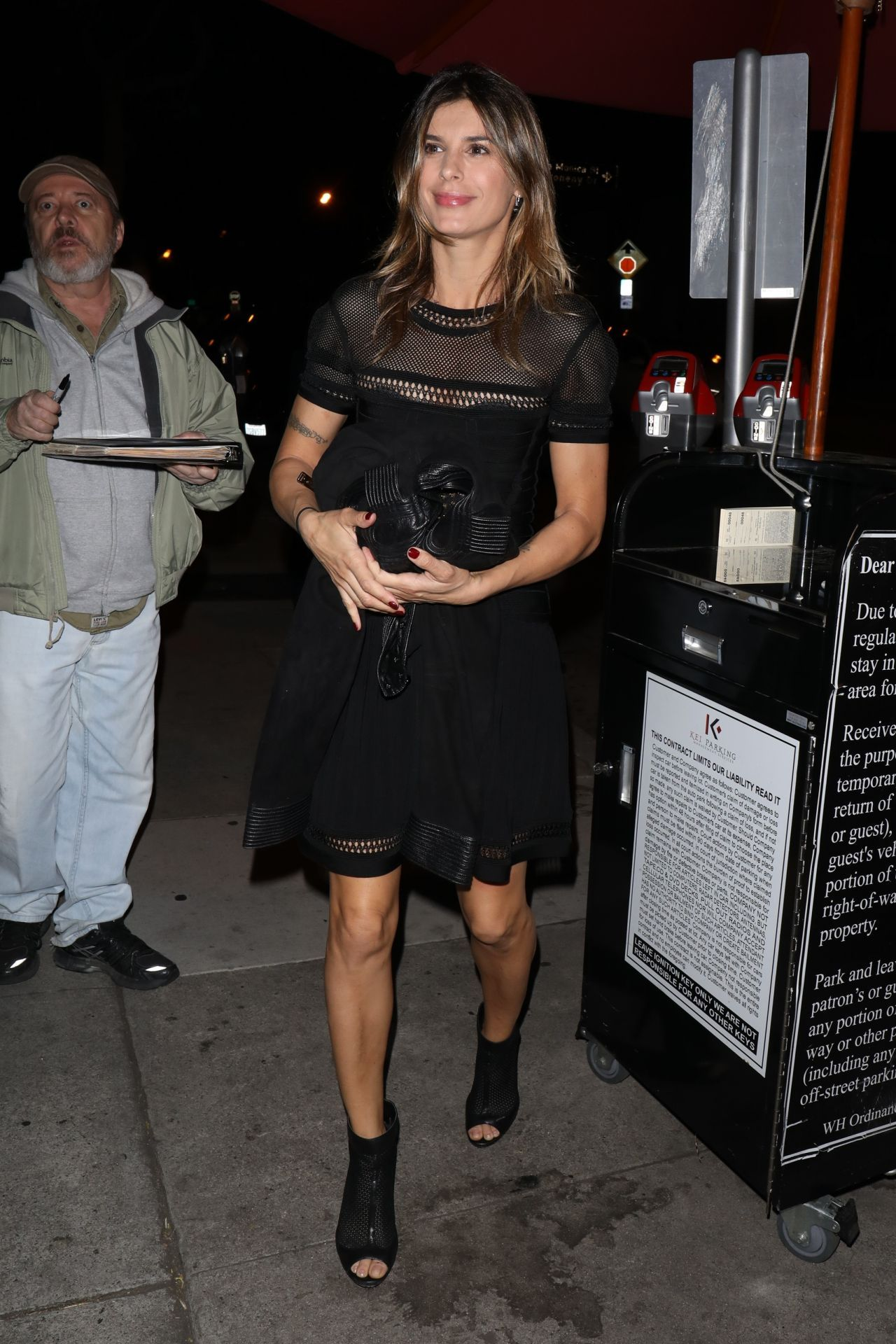 Black dress hollywood -  Dress Hollywood Elisabetta Canalis In A Little Black Dress In West Hollywood