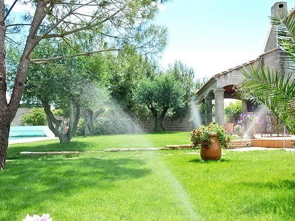 arrosage automatique jardin domotique au jardin golf. Black Bedroom Furniture Sets. Home Design Ideas