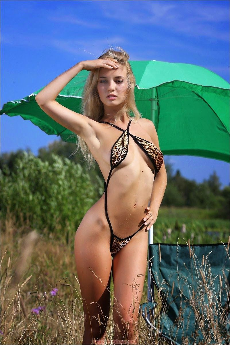 hot girl outdoors