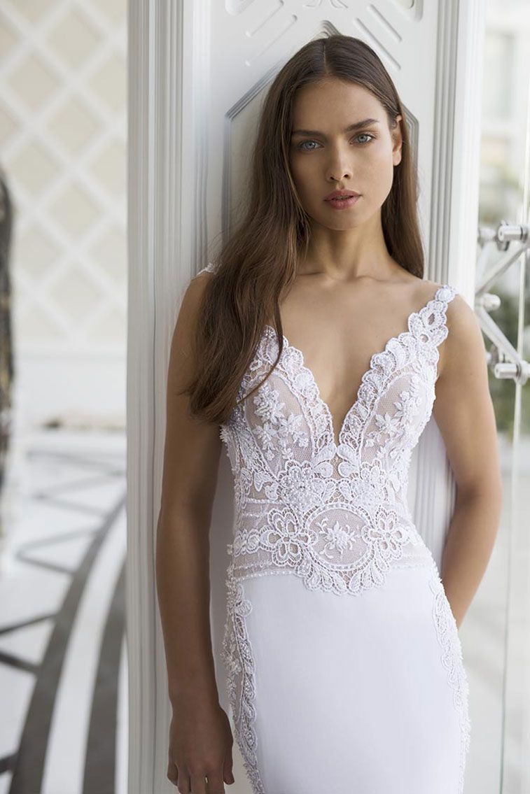 Nurit Hen White Palace Couture Bridal Collection