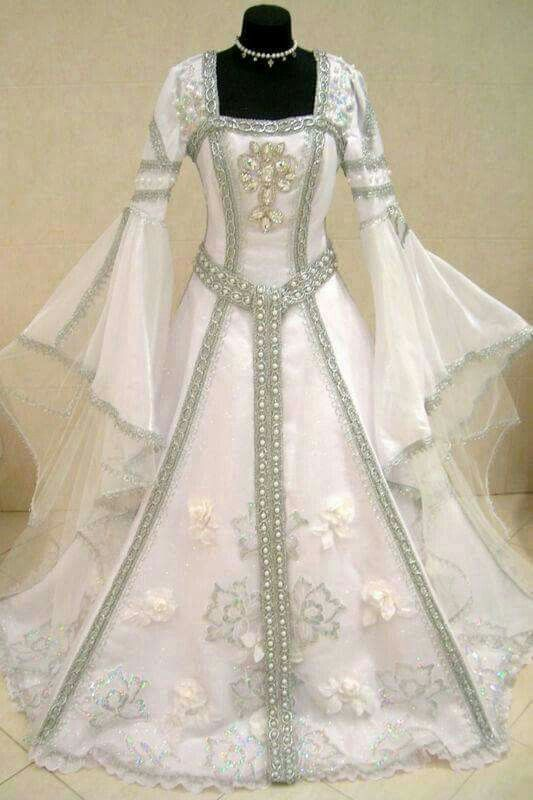 Renaissance wedding dress wedding stuff pinterest for Renaissance inspired wedding dress