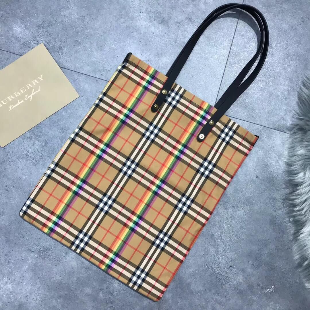 7db5c47e0150 Burberry Large Shopping Tote in Rainbwo Vintage Check Canvas and Black  Leather 2018