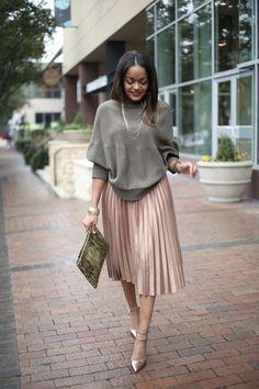 Conseils et idées de tenues avec une jupe midi plissée