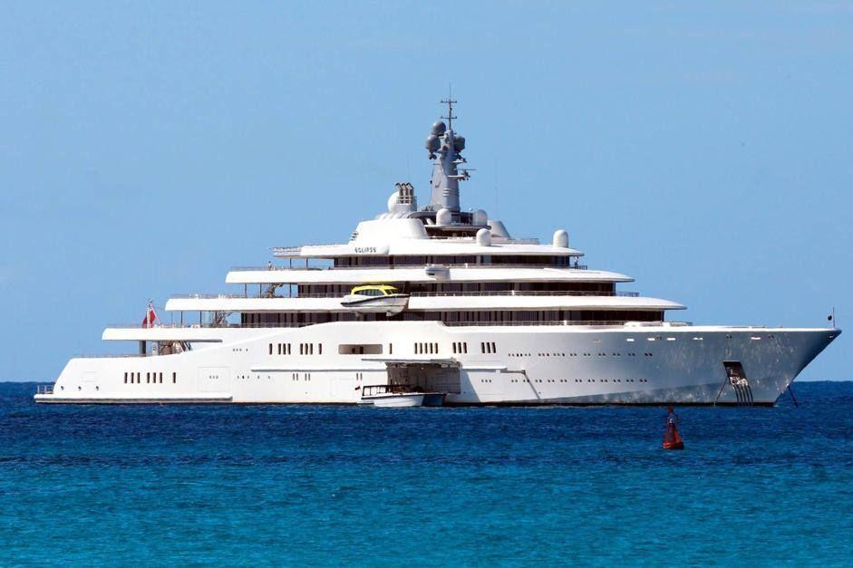 Eclipse 4 Yacht Il Mega Yacht Di Abramovich Approda A St Barth