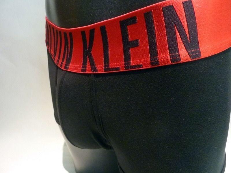 Boxer Calvin Klein Power Red negro #calzoncillos #ropainterior #mensunderwear http://www.varelaintimo.com/37-boxers