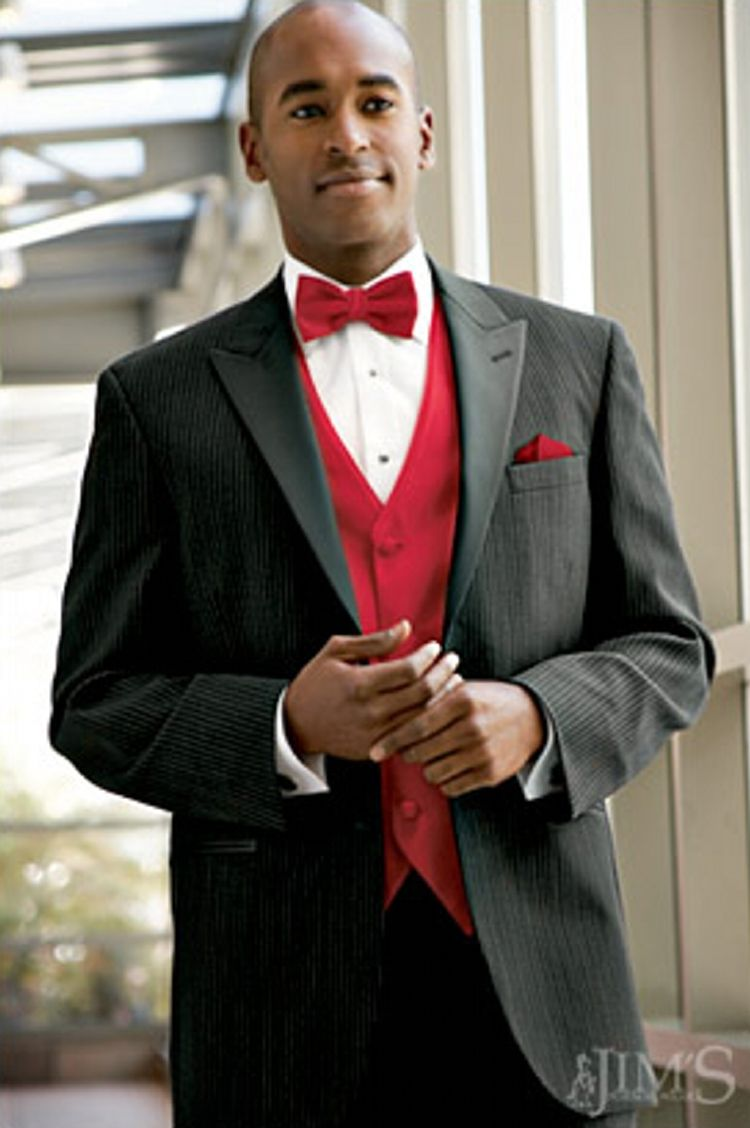Black tux with red bow tie | prom ideas | Pinterest | Bow ties ...