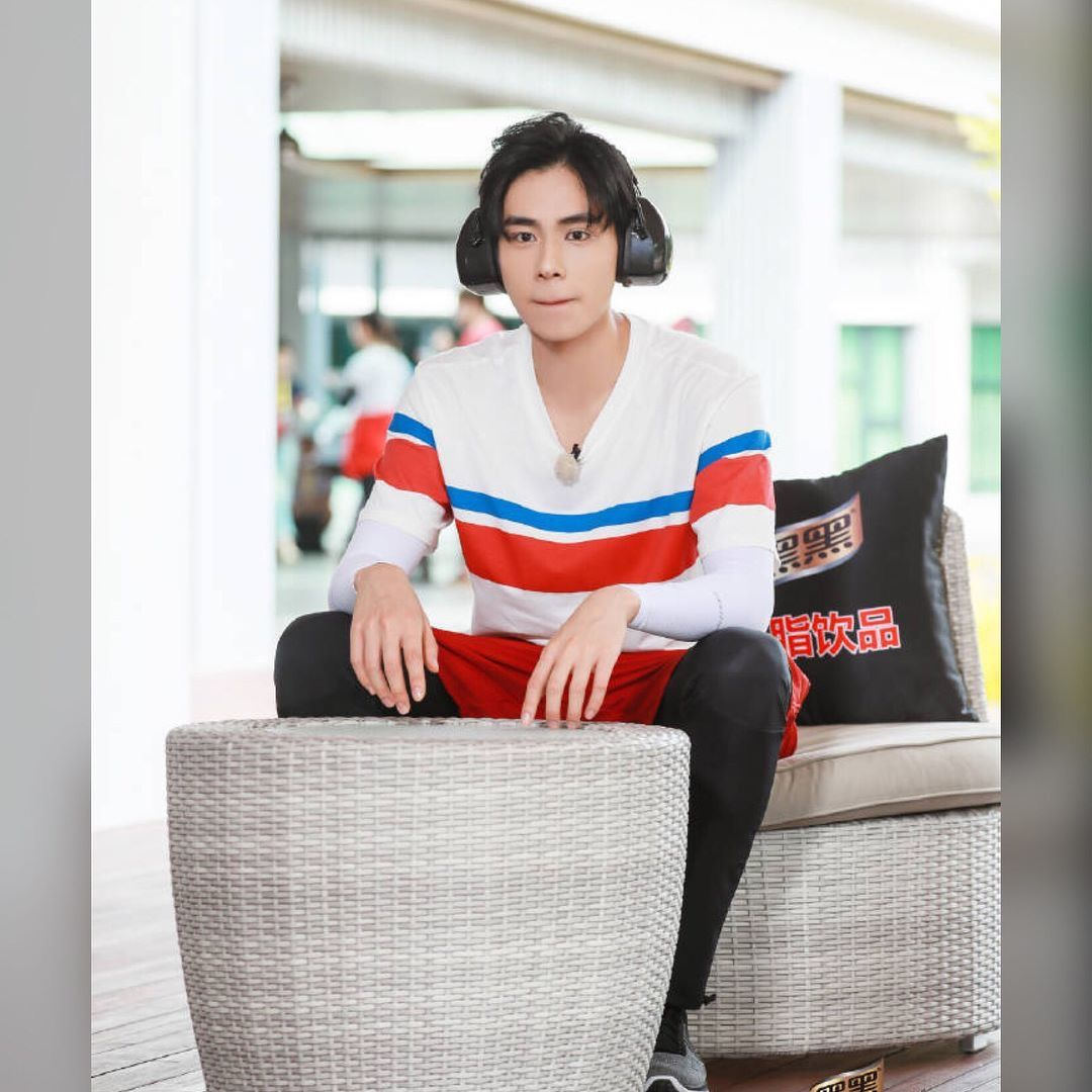Pin by Praew Prao on หูอี้เทียน Hu yi tian (With images