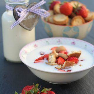 Recipe For Danish Cold Buttermilk Soup Koldskal Done In 15 Minutes Recipe Nordic Recipe Recipes Scandinavian Food