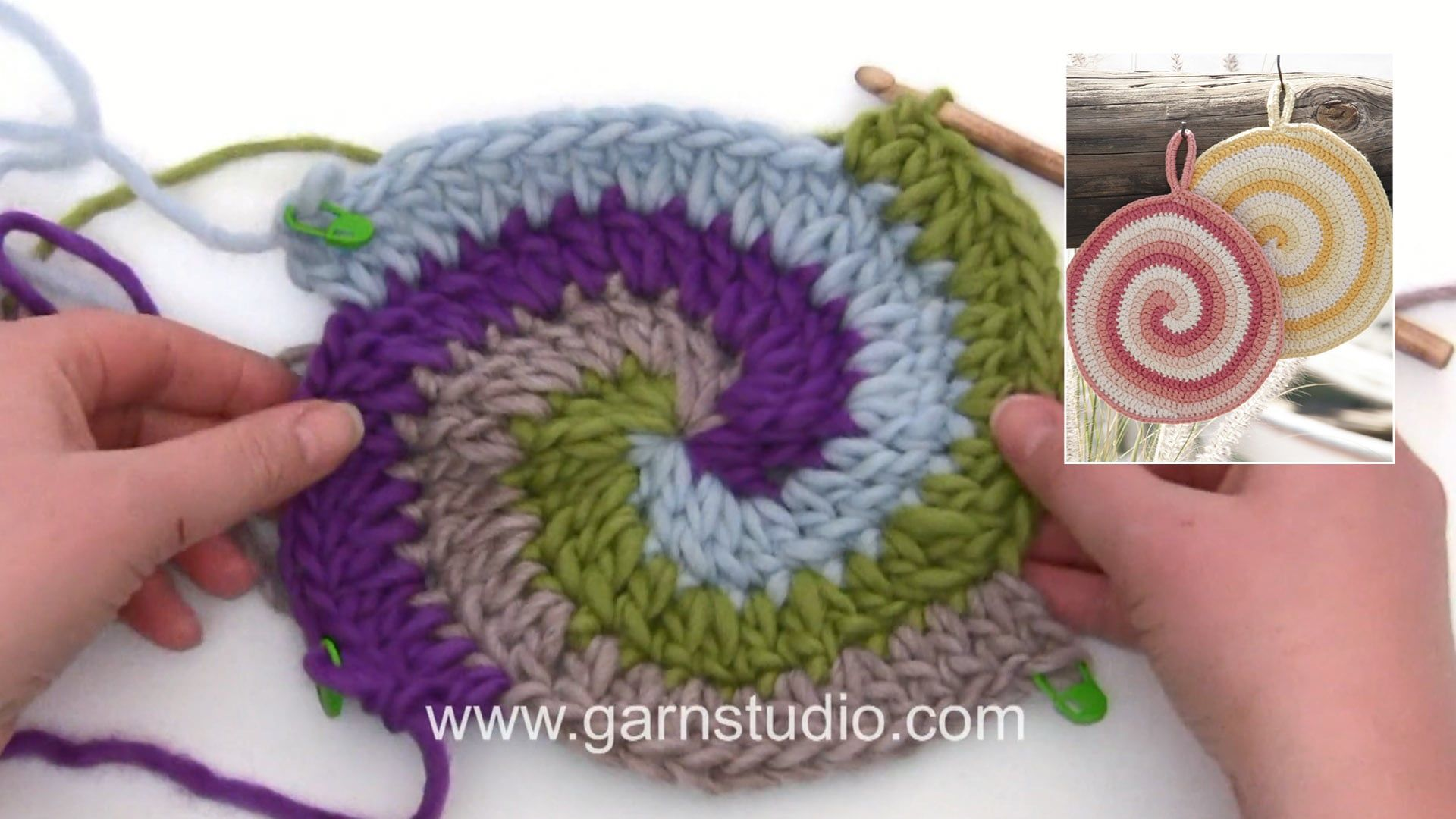 How to crochet the pot holder with stripes and spiral in DROPS 170 ...