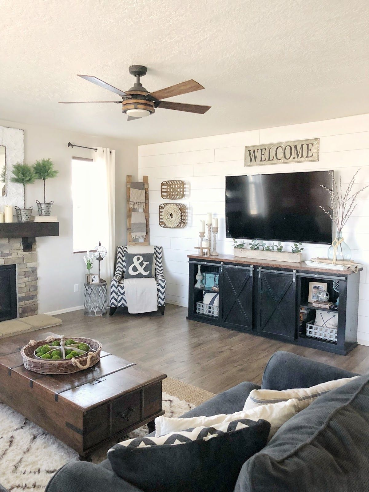 One Of My Favorite Things In The World Is Shiplap Walls I Love The Look And The Impac Living Room Tv Stand Accent Walls In Living Room Farm House Living Room #shiplap #walls #in #living #room