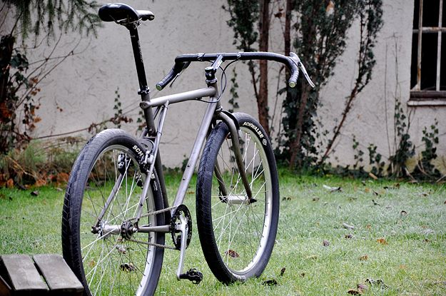 How To Convert A Mountain Bike To A Single Speed Vintage Mountain Bike Diamondback Mountain Bike Single Speed Mountain Bike