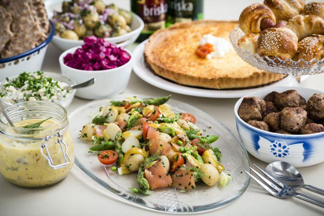 11 Scandinavian Comfort Food Recipes To Help You Get Hygge Recipes Food Scandinavian Food