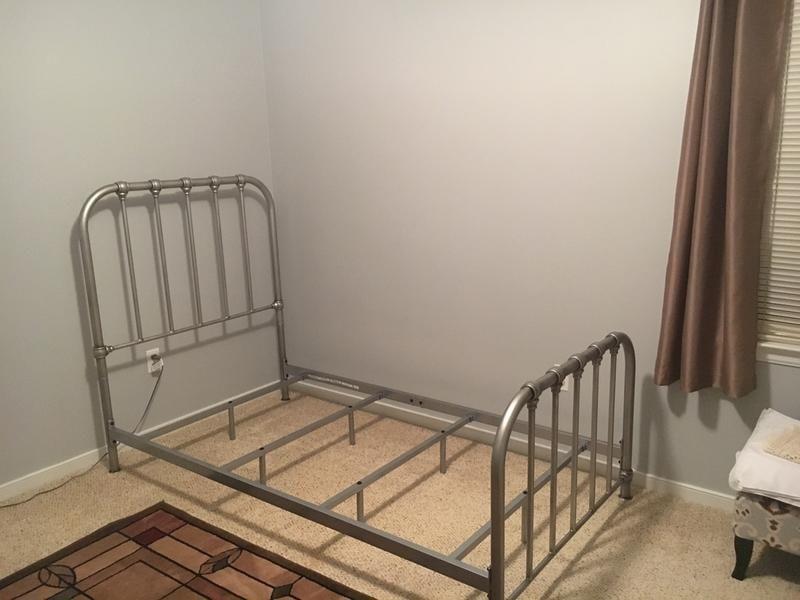 Nashburg Queen Metal Bed Queen Metal Bed Metal Beds Wrought