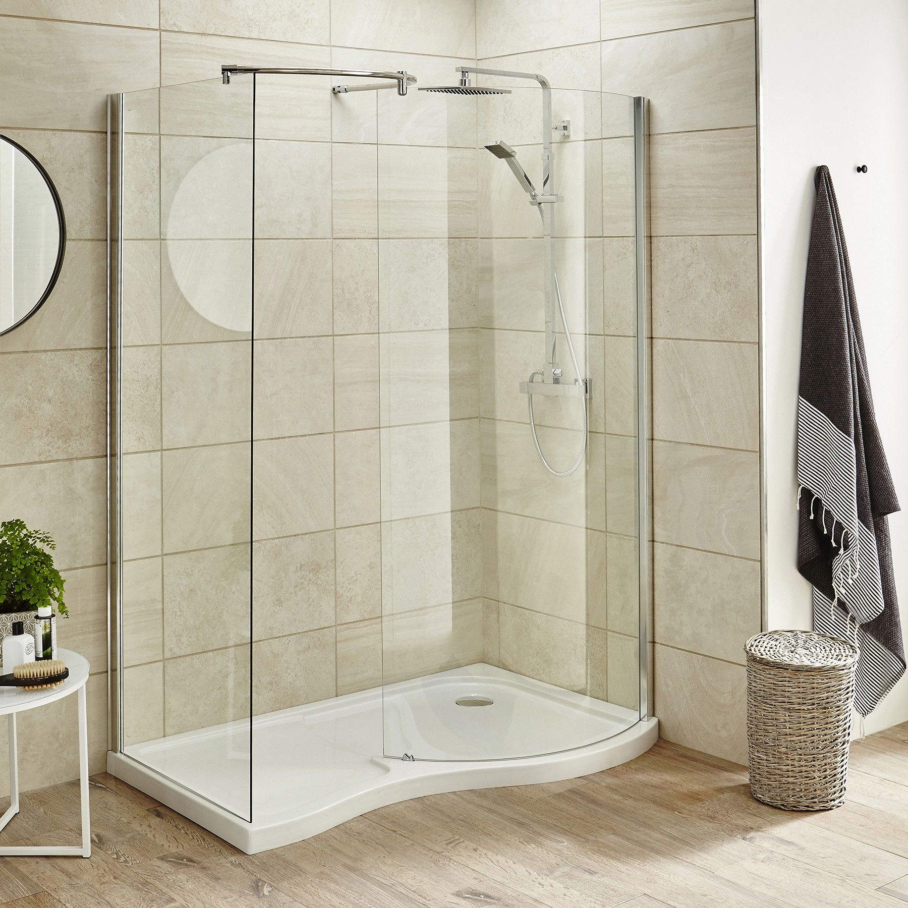 Pacific 6mm Curved Walk in Enclosure 1400 x 900mm with Shower Tray ...