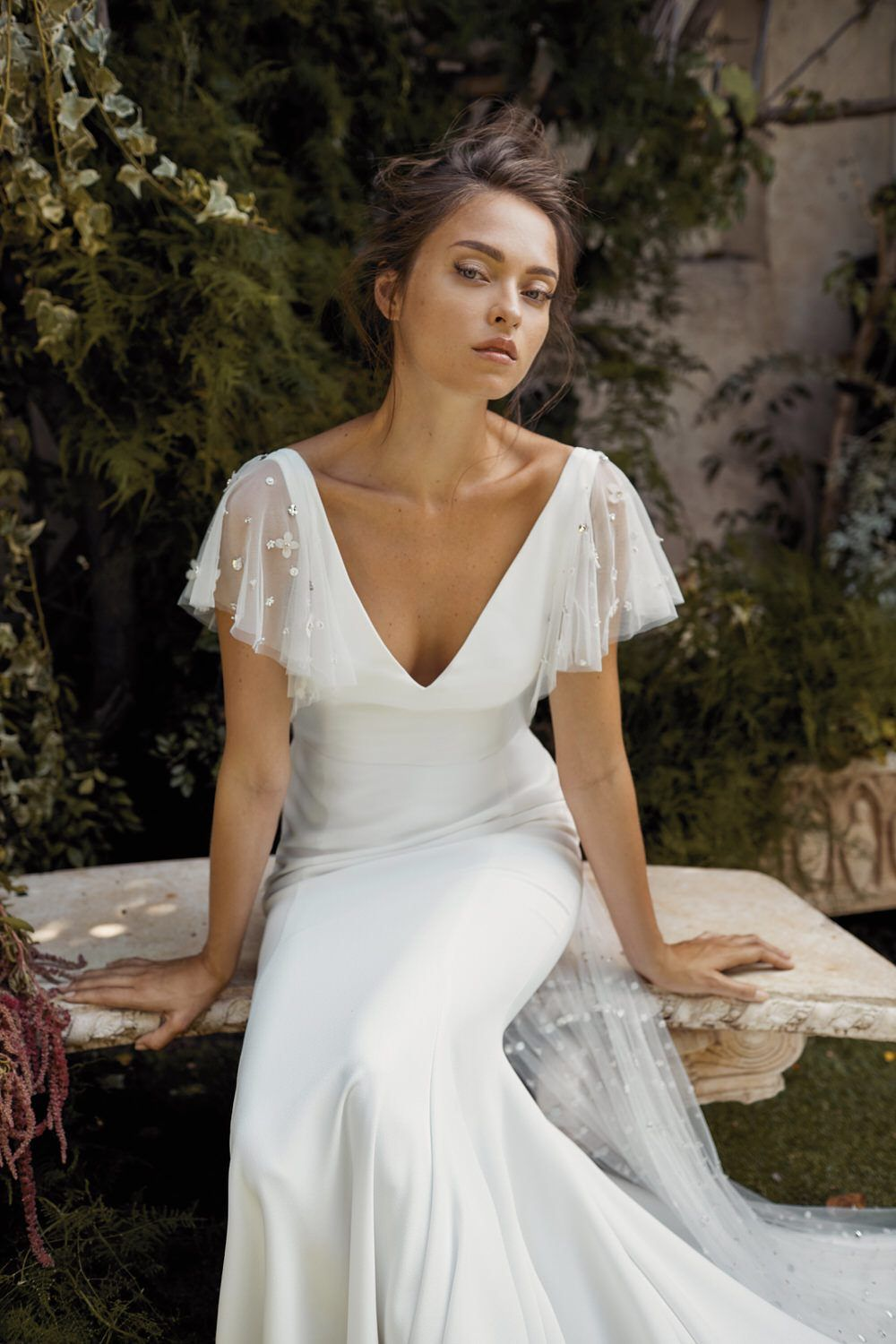 The Fall 2020 Bridal Collection by Lihi Hod is a dream come true! With silk organza, beaded tulles and handmade three-dimensional flowers it is no wonder why we catch ourselves daydreaming about these wedding dresses!