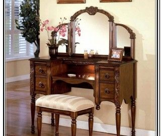 16 Amazing Oak Makeup Vanity Pic Ideas Bedroom Vanity Set Vanity Table Vintage Antique Vanity Table