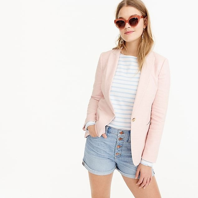 0ca0b426f1 Overall Fitbased on user reviewsruns smalltrue to sizeruns largePRODUCT  DETAILSIntroducing the Parke blazer...your new favorite ...