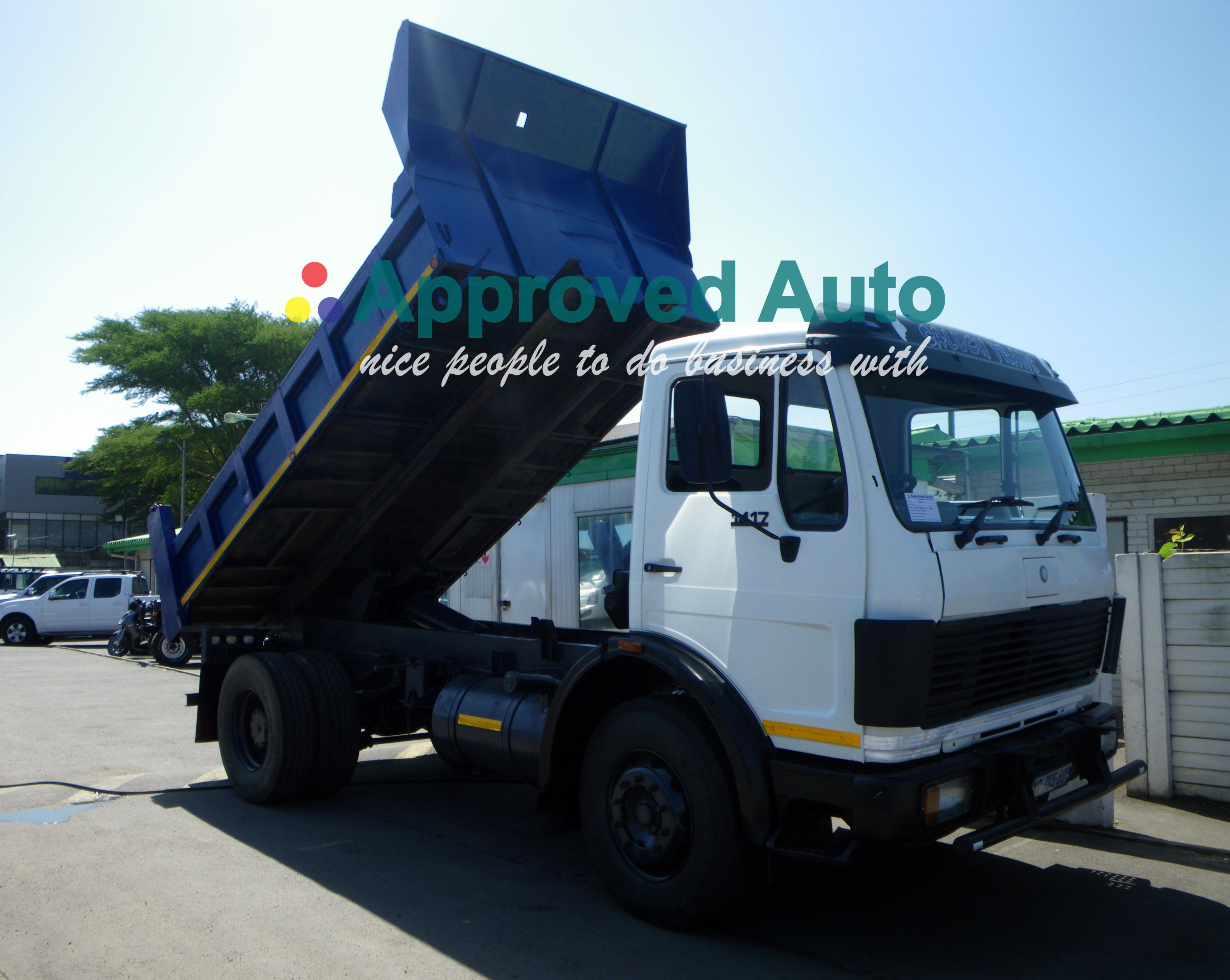 AA2192 Mercedes benz SC 5CUDE TIPPER 1983 email us at