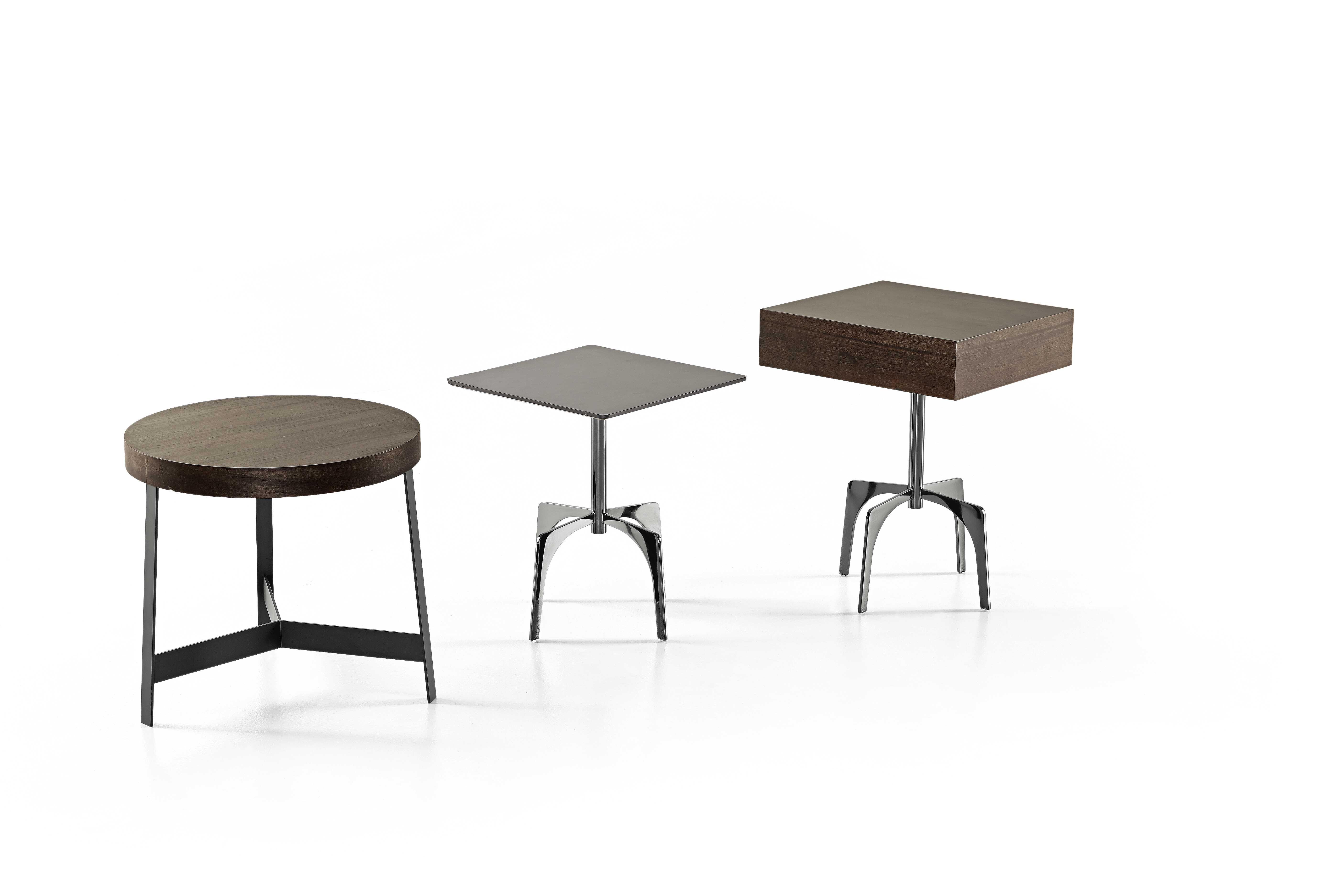 Kanaha coffee table with eucalyptus plane and bronzed brown base