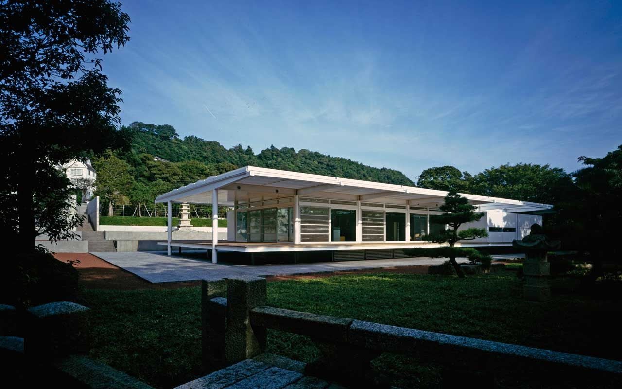 Traditional Japanese House Design In Modern Style By Foster Partners