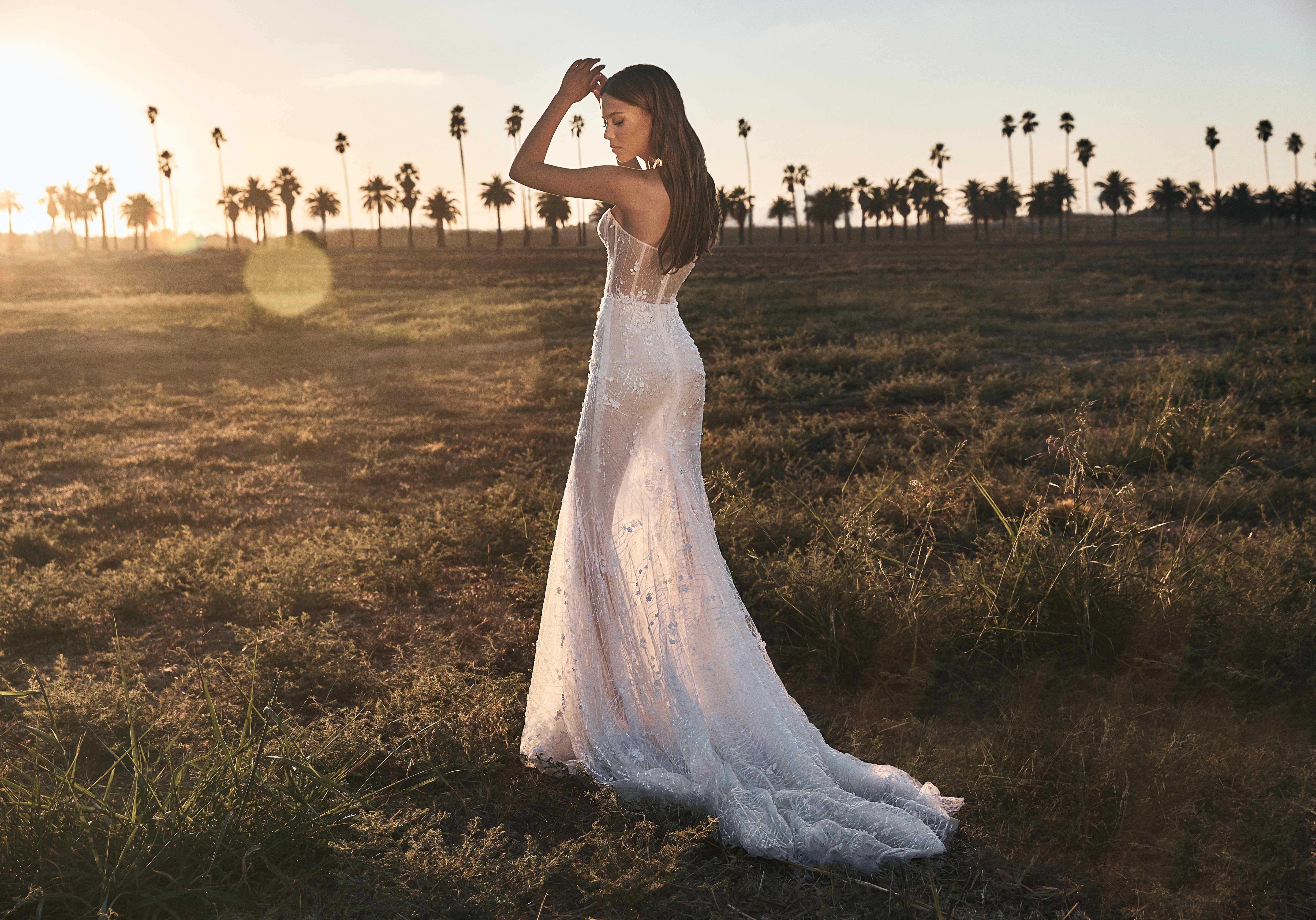 Pin On Wedding Dresses 2021 [ 4668 x 6673 Pixel ]