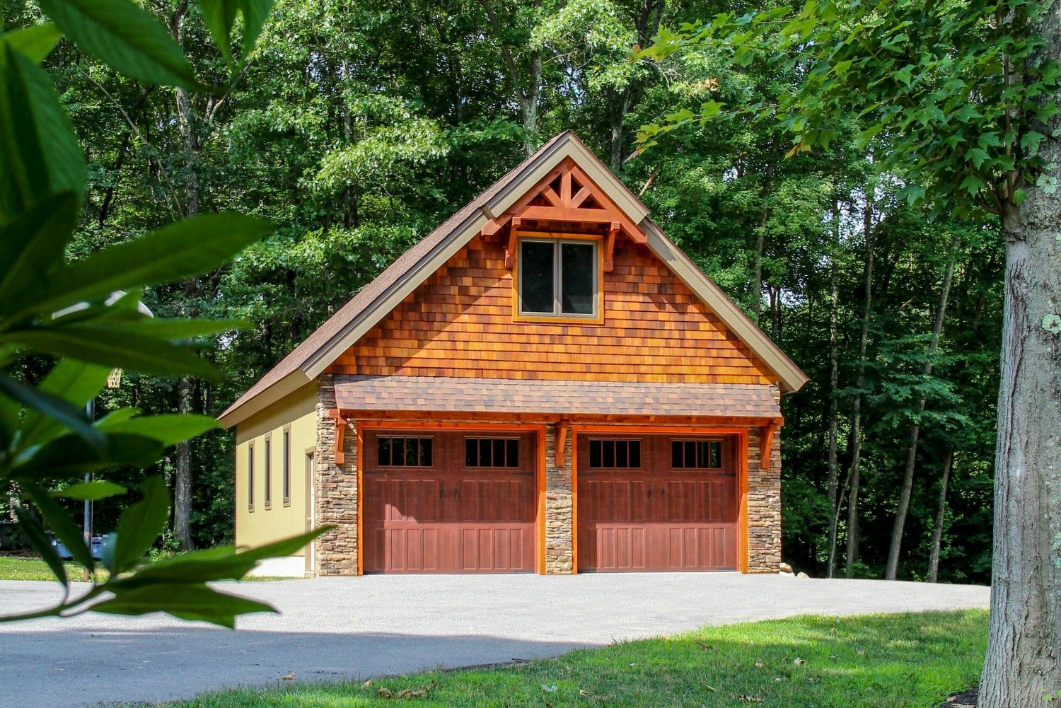 Best Cedar Shakes Timber Frame Details On This 26X40 Newport 640 x 480