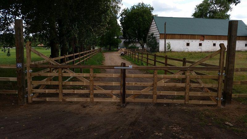 Contact Pologne Clotures Et Barrieres Pour Chevaux Avec Images